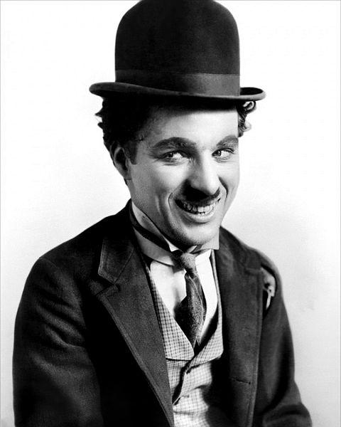 Сэр Чарльз Спенсер «Чарли» Чаплин (англ. Charles Spencer «Charlie» Chaplin)