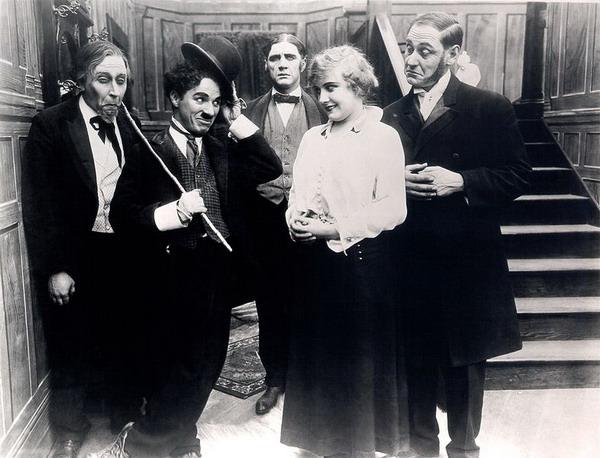 Эдна Пёрвиэнс в фильме «Бегство в автомобиле» 1 апреля 1915 г.